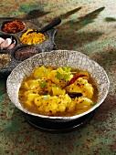 Cauliflower curry with potatoes