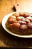 Tarte tatin with honey caramel