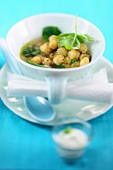 Chickpea soup with basil
