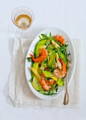 Asparagus salad with king prawns, avocado and rocket