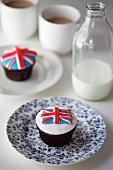 Union Jack cupcakes, milk and tea (Great Britain)