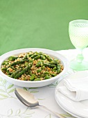 Barley salad with asparagus and beans