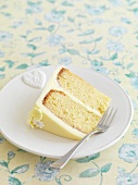 A slice of lemon cake with gin