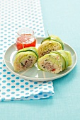 Savoy cabbage roulade filled with minced meat and rice with chilli sauce