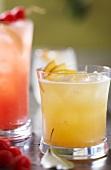 Zwei fruchtig Cocktails