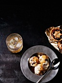 Mince pie ice cream with warm rum and caramel sauce (Christmas)