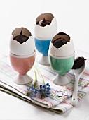 Schokoladencreme in Eierschalen