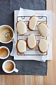 Spiced biscuits with a honey glaze