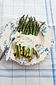 Fried asparagus with Parmesan