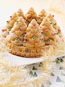 A Christmas tree cake