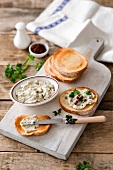 White bean spread with toasted bread (Tuscany)
