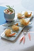 Crispy prawns with a dip