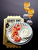 Prawns with a garlic dip, served with an aperitif, 'Tinseltown'