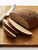 Brotlaib, angeschnitten