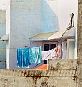 Dachterrasse mit trocknender Wäsche