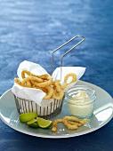 Deep-fried squid rings with aioli