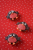 Three robin cupcakes for Christmas