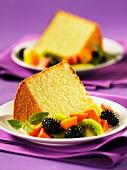 Orange chiffon cake with fresh fruits (USA)