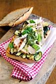 Ciabatta al pollo (Italian chicken breast sandwich)
