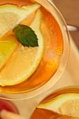 Iced tea with lemons