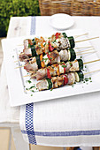 Fish skewers with courgette and peppers (Greece)