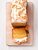 Sea buckthorn cake with a meringue topping