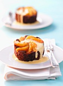 Apricot cakes with vanilla sauce