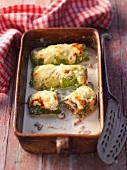 Savoy cabbage rolls au gratin