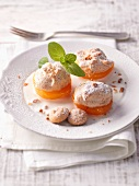 Apricots au gratin with amaretto meringue