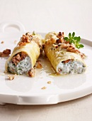 Cannelloni filled with ricotta and gorgonzola