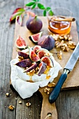 Camembert with honey, figs and walnuts