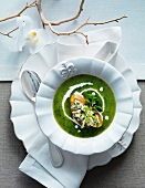 Pear and bittercress soup with Stilton croutons