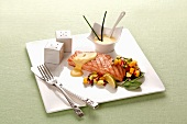 Grilled salmon fillet with mango salsa