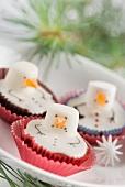 Schneemann-Cupcakes