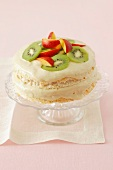 Meringue with white chocolate, halwa cream and fruit