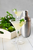 Daiquiri with limes, rum and mint