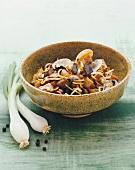 Melanzane alle vongole (aubergines with Venus clams)