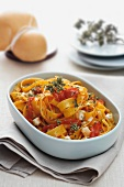 Tagliatelle alla calabrese (pasta with Scamorza and tomatoes)