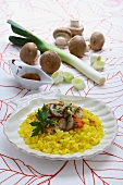 Saffron rice with scallops and mushrooms