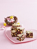 Rocky road with marshmallows, chocolate eggs and pistachios