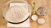 Ingredients for sunflower seed bread (wholemeal flour, sunflower oil, sunflower seeds)