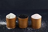 An arrangement of salt