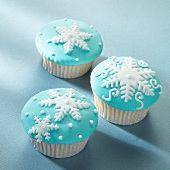 Cupcakes decorated with snowflakes