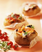 Patate ripiene al salmone (baked potatoes with salmon, Italy)