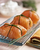 Smoked salmon parcels with chives