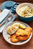 Lemon schnitzel with mashed potato