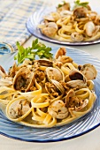 Fettuccine with Baby Clams in a White Sauce