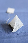 Pyramid-shaped tea bag