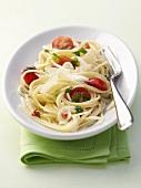 Spaghetti mit Knoblauch & Tomaten