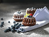 Mini-Bundt cakes with blueberries and sugar